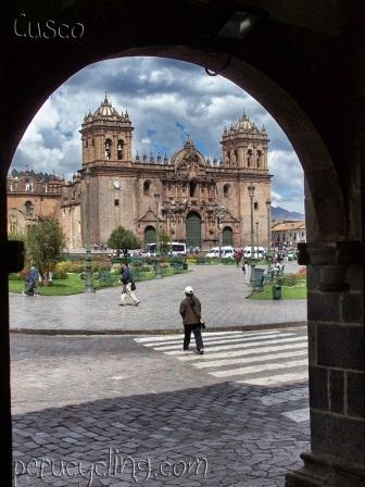 Cusco City BIke Tour  www.perucycling.com