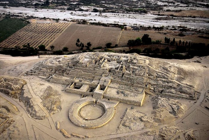 Caral bike tour www.perucycling.com