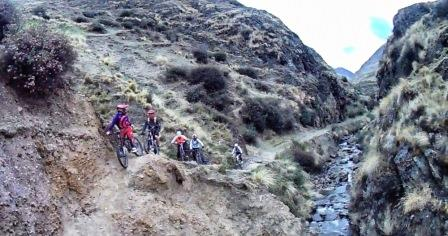 Lares downhill Cusco www.perucycling.com