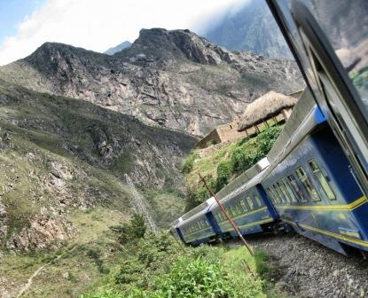 Train Machu Picchu  www.perucycling.com